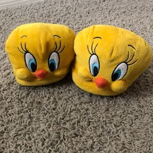 the best attitude 14f3e c1376 Shoes - Tweety Bird Slippers
